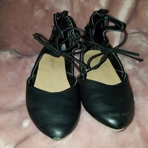 Old Navy Shoes - 10C dress Flats
